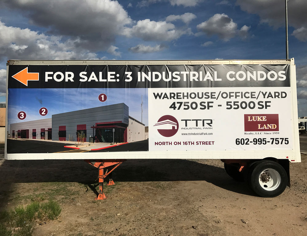 Temporary Movable Real Estate Signage Trailer Banner