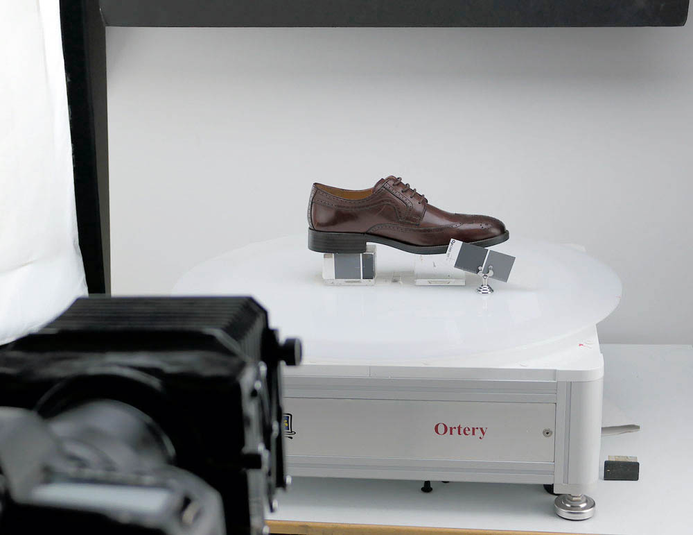 shoe 360 degree camera at Artisan Captures Photo Studio