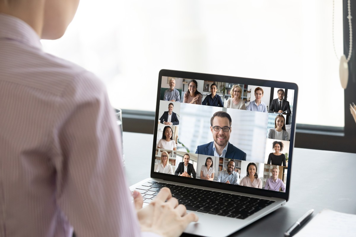 Printed Agendas and Catalogs are Essential for a Virtual Tradeshow group video call web